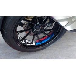 """Samolepky """"GS"""" na přední a zadní kolo pro R1250GS, R1200GS LC 2013-2018, černo-červené-modré"""