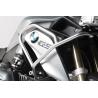 Nerezové horní padací rámy SW-Motech pro BMW R1200GS LC 2013-2016. Horní padací rámy SW-Motech jsou použitelné se spodními padacími rámy BMWnebo SW-Motech. Skvělé a elegantní provedení. Montáž na stávající upevňovací body, není potřeba žádná další úprava. Nerezová trubka o průměru 21,3mm. Síla stěny je 2,4mm.