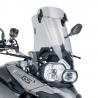 Cestovní plexi značky Puig, vybavené nastavitelným deflektorem pro ještě lepší vedení vzduchu. Pro BMW F800GS, F650GS Twin.O 17 cm vyšší než originál + deflektor. Barva: lehcekouřová