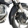 Prodloužení předního blatníku od Puig pro BMW R1200GS 2004-2012 a R1200GS Adventure 2006-2013. Obsahuje pomocné oboustranné lepící pásky, ale blatník je nutno provrtat a prodloužení zajistit pomocí přiložených plastových nýtů.